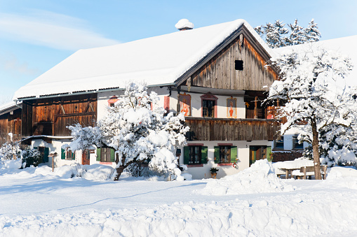 Nice old Bavarian farmhouse in winter with very nice traditional paintings. Built in 1822.