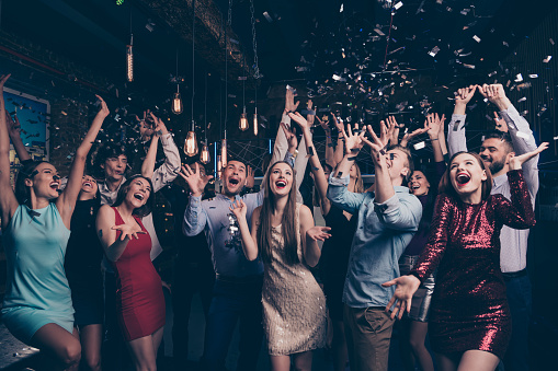 Nicelooking Attractive Gorgeous Glamorous Elegant Stylish Cheerful Cheery Positive Girls And Guys Having Fun Bachelor Graduate Occasion In Fashionable Luxury Place Nightclub Indoors - Fotografias de stock e mais imagens de Adulto