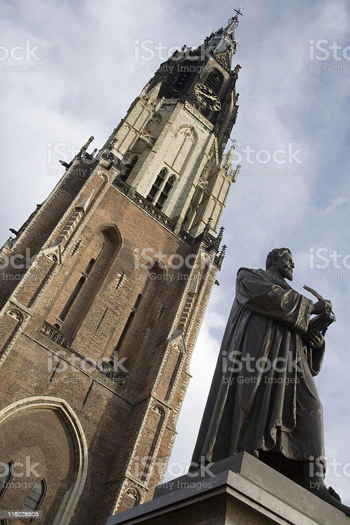 Nieuwe Kerk with the statue of Hugo Grotius in front stock photo