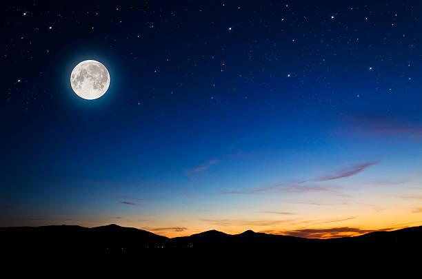 arrière-plan de nuit - pleine lune photos et images de collection