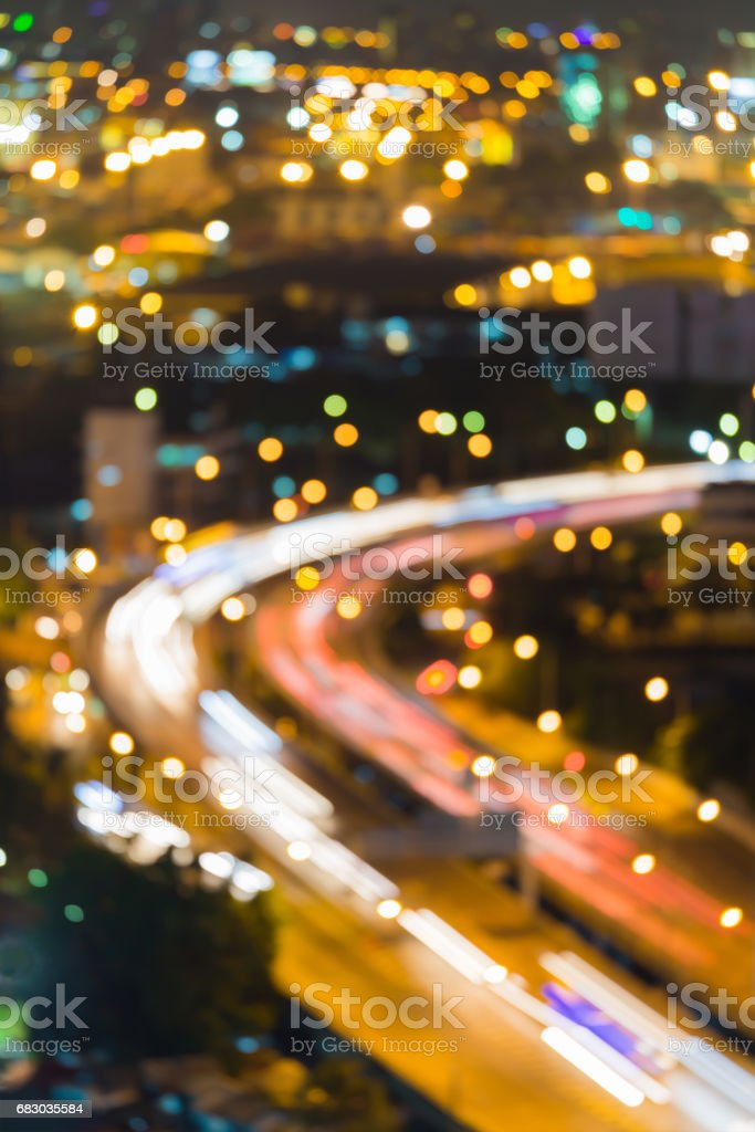 Night city road curved blurred bokeh light foto de stock royalty-free
