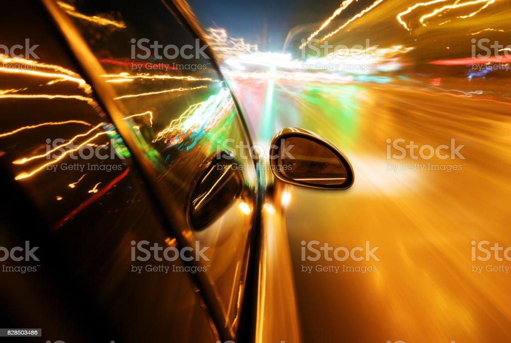 Diária de alta velocidade de veículos - foto de acervo
