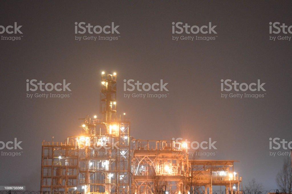 Nachtfoto Von Einer Olraffinerie Eine Petrochemische Anlage Durch