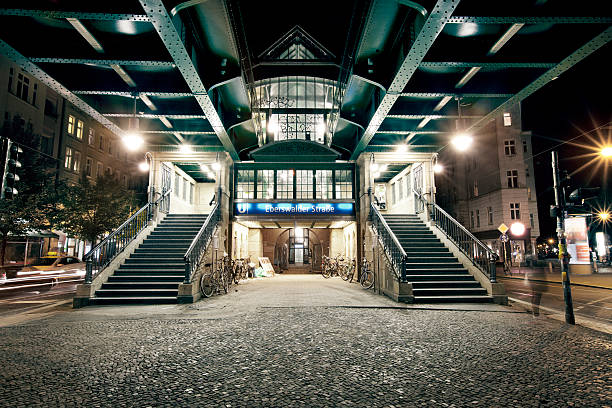 night picture at berlin subway station - berlin street bildbanksfoton och bilder
