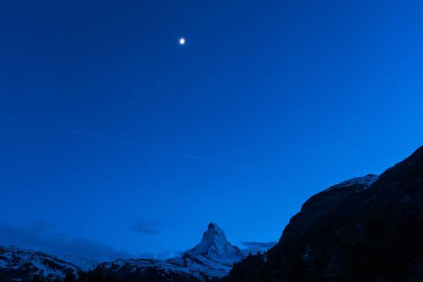 Nacht-Scape Matterhorn Berg der Schweiz Alpen – Foto