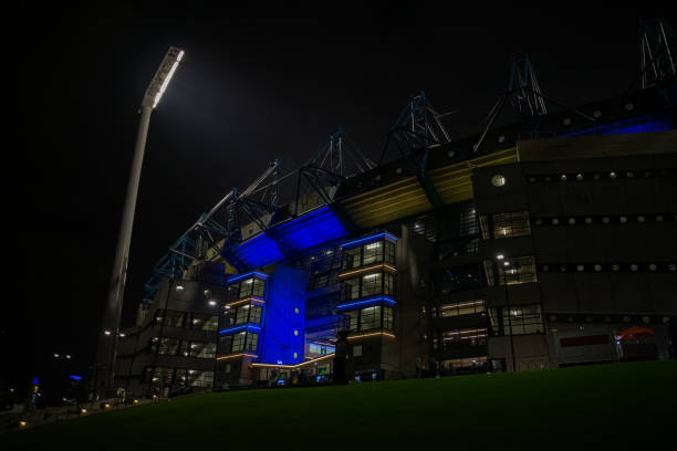 Night scene and Melbourne stadium architecture from Australia Night scene and Melbourne stadium architecture from Australia . High quality photo american football league stock pictures, royalty-free photos & images