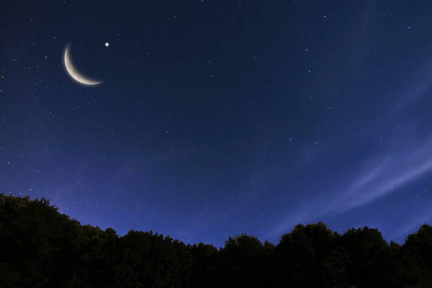 paisagem e lua do céu nocturno, estrelas, celebração de ramadan kareem - ramadã - fotografias e filmes do acervo