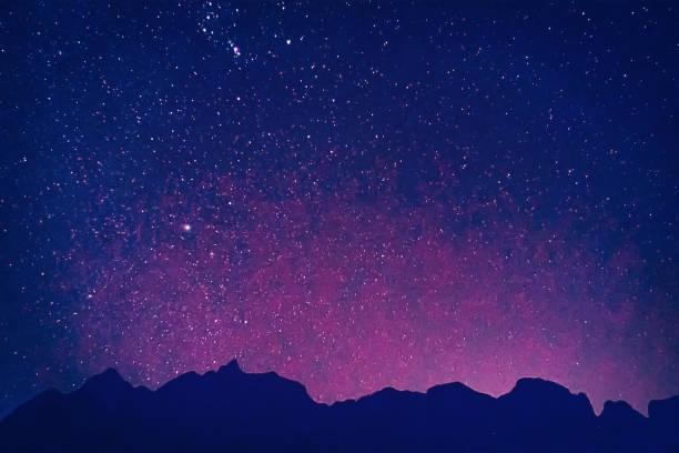 nachtelijke hemel universum gevuld met sterren olieverf effect - sleeping illustration stockfoto's en -beelden