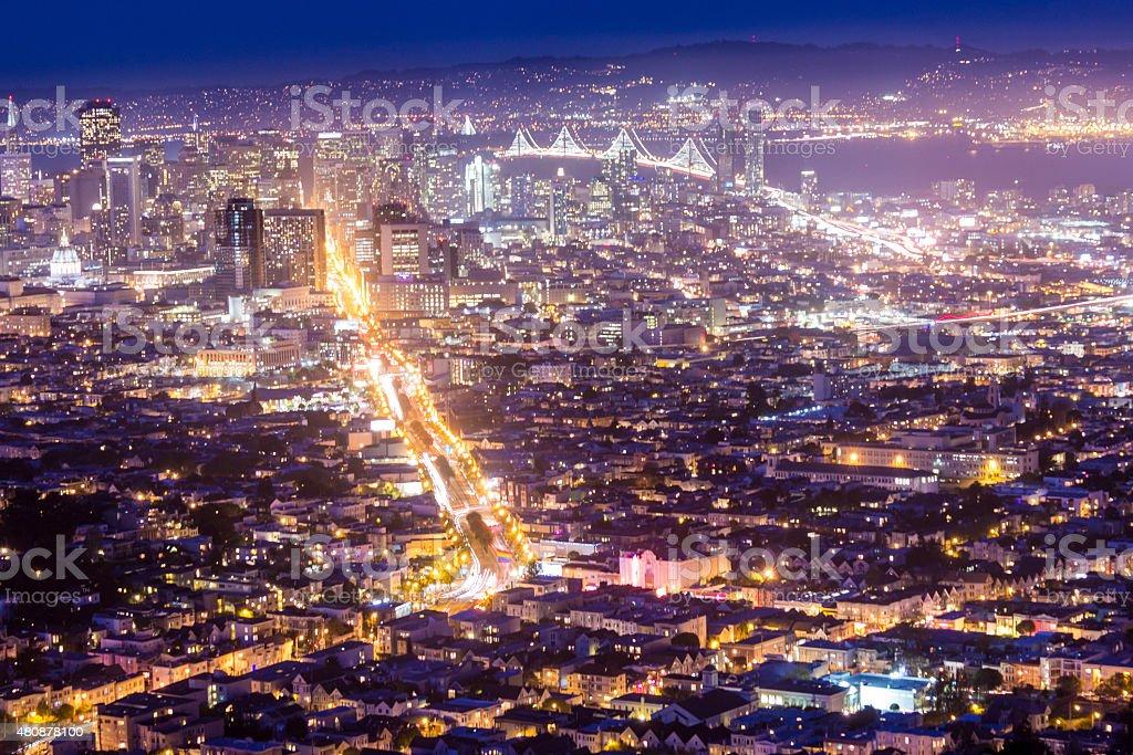 Tiempo ciudad noche horizonte de San Francisco de Twin Peaks - foto de stock