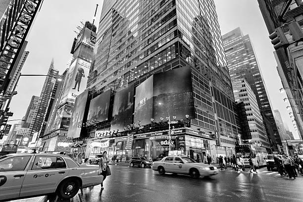 Night traffic nearby Times square, New York, Midtown, Manhattan - foto de stock