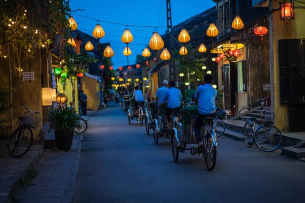 호이 거리, 베트남 바쁜. - 호이안 뉴스 사진 이미지