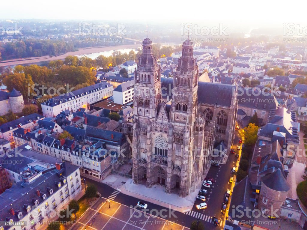 Night view of Cathedral Saint-Gatien in Tours stock photo