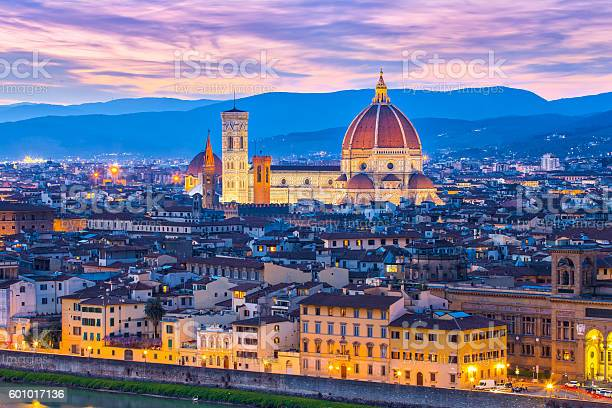 Night view of florence skyline in tuscany italy picture id601017136?b=1&k=6&m=601017136&s=612x612&h=z hi86wuplqsjx6hipidalj3wabx7zuuvdvmo4rxmyc=