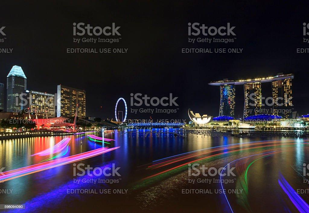 Night view of Marina Bay, urban skyline of Singapore Lizenzfreies stock-foto