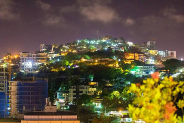 Nachtzicht van Port Moresby, Papoea-Nieuw-Guinea foto