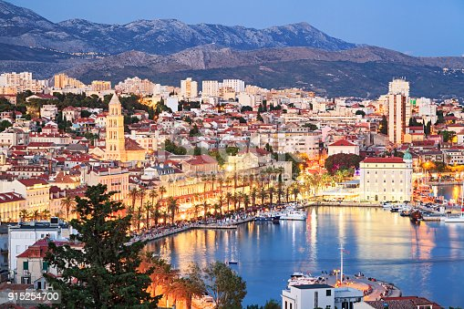 istock Night view of Split old town, Croatia 915254700