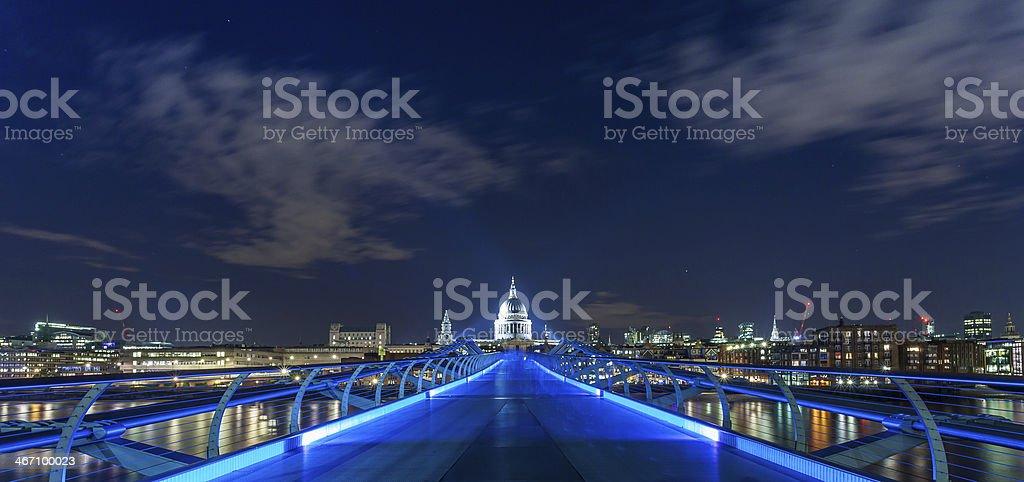 Blick auf die Kathedrale St. Paul's, London – Foto