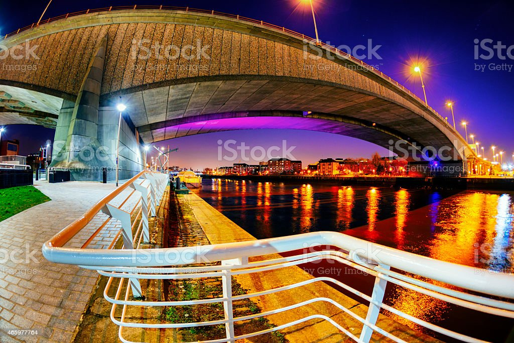 Night View of the River Clyde and Kingston Bridge, Glasgow stock photo