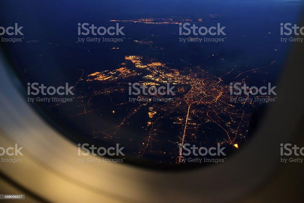 Vista nocturna de avión - foto de stock