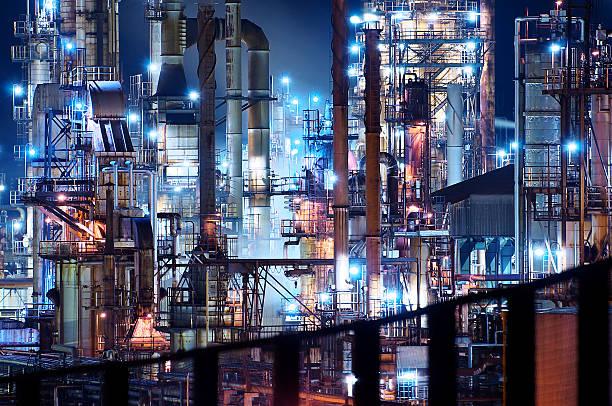 Nightscape 石油工場 ストックフォト
