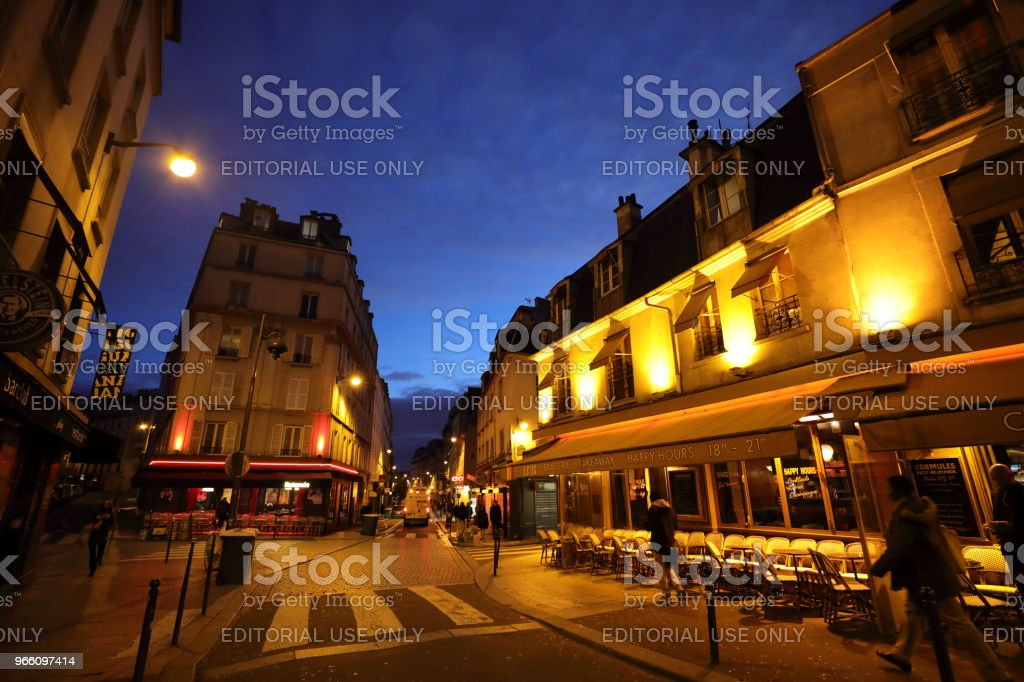 Nightscape Frankrike - Royaltyfri Europa Bildbanksbilder