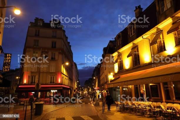Nightscape Frankrike-foton och fler bilder på Europa