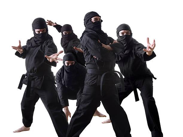 ninjas - ninja fotografías e imágenes de stock