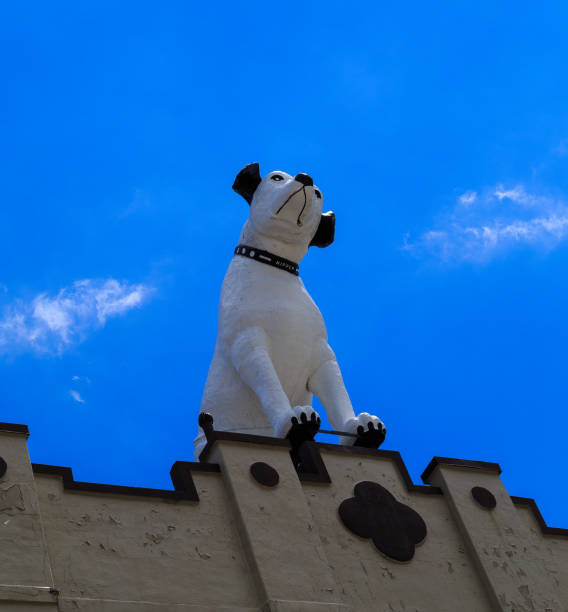 Nipper the dog and his victrola atop the former RCA building Alb stock photo