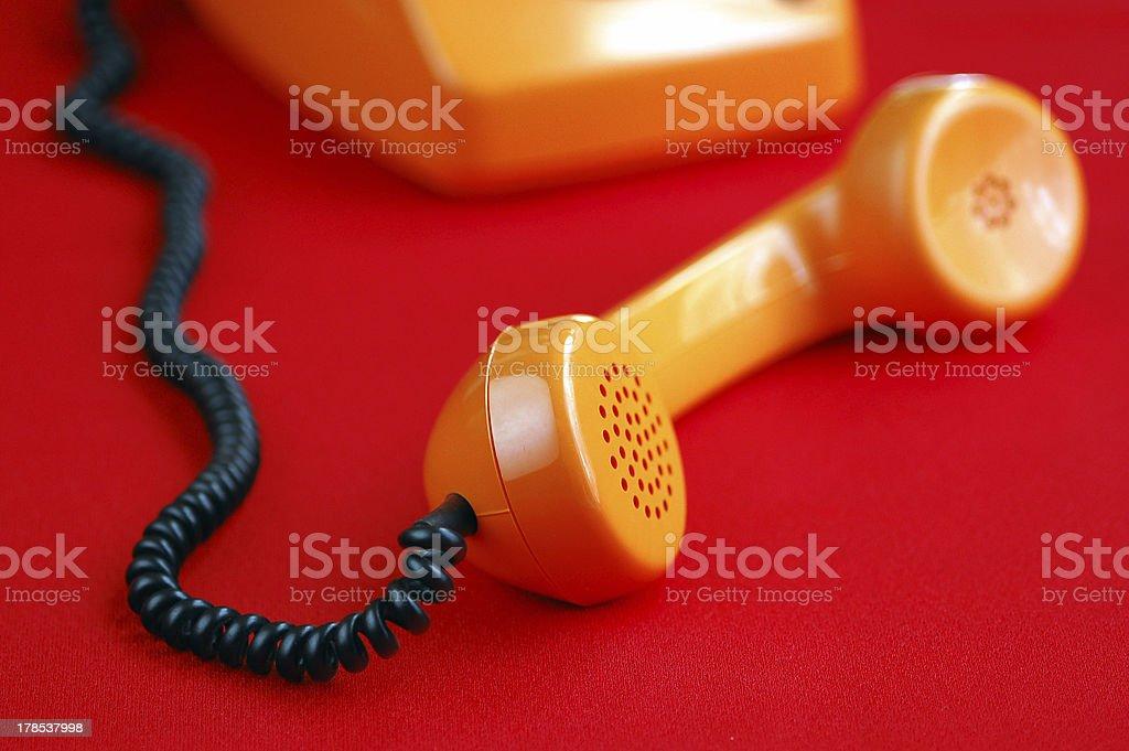 Keine Sie auf dem orange Telefon – Foto