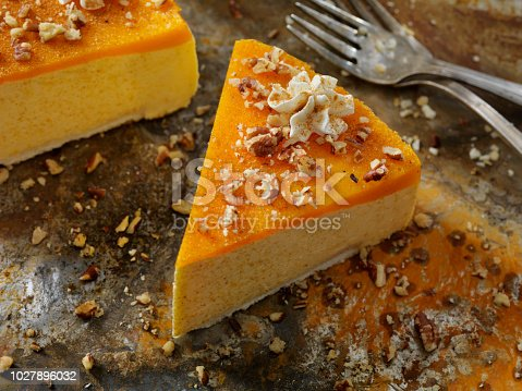 No-Bake Pumpkin Spice Cheesecake with Shortbread Crust