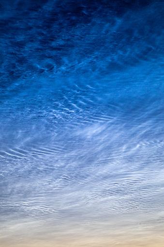 Noctilucent Wolken Stockfoto en meer beelden van Avondschemering