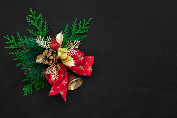 Noel or christmas dark background with traditional decor element picture id1167215630?b=1&k=6&m=1167215630&s=612x612&w=0&h=yxkxlyoxo6lewmi9qpwkzxyjsjhheuh0cjw3f4ea4bg=