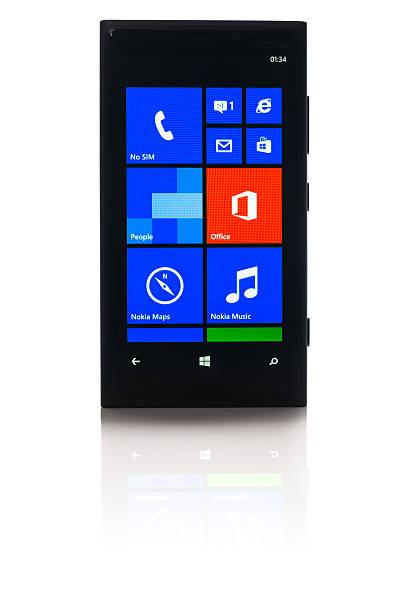 nokia lumia 920 - windows 7 foto e immagini stock