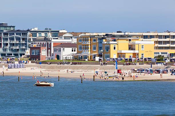 norderney western beach - hotels auf norderney stock-fotos und bilder
