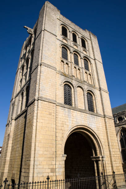 normannischer turm in bury st. edmunds, suffolk, uk - ipswich town stock-fotos und bilder