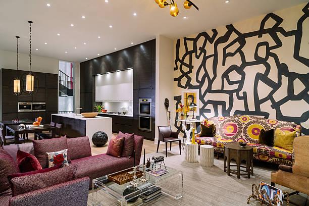 north american luxury wohnung interior - küche aus paletten stock-fotos und bilder