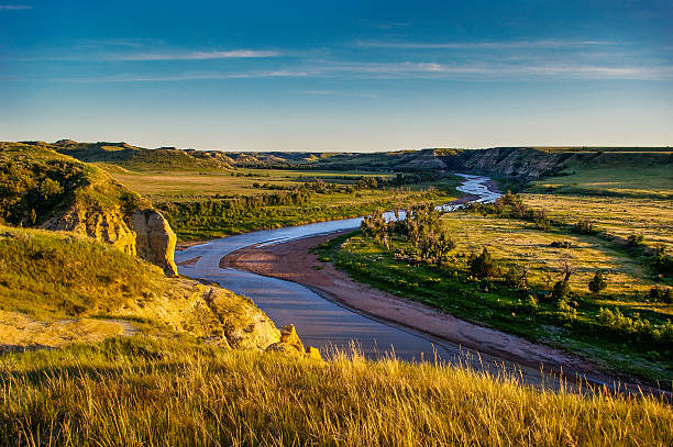 north dakota badlands - great plains stock photos and pictures