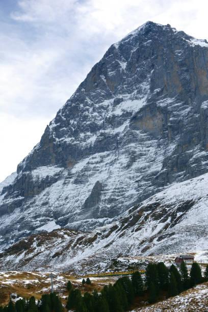 nordwand des eiger berg in der jungfrauregion, schweiz - hotel bern stock-fotos und bilder