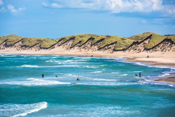 north sea beach jutland coast in denmark picture id826011446?k=6&m=826011446&s=612x612&w=0&h=wrjLreC4QSnbnqZBcA sVNBjkFliUDHF7PmRdS6dnJg= - 5 pantai cantik dan eksotis di Eropa, Jamin buat Betah!