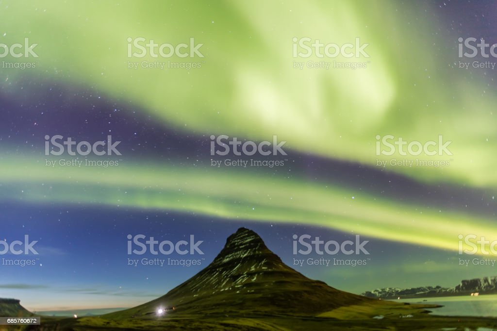 Northern Light Aurora borealis at Kirkjufell Iceland royalty free stockfoto
