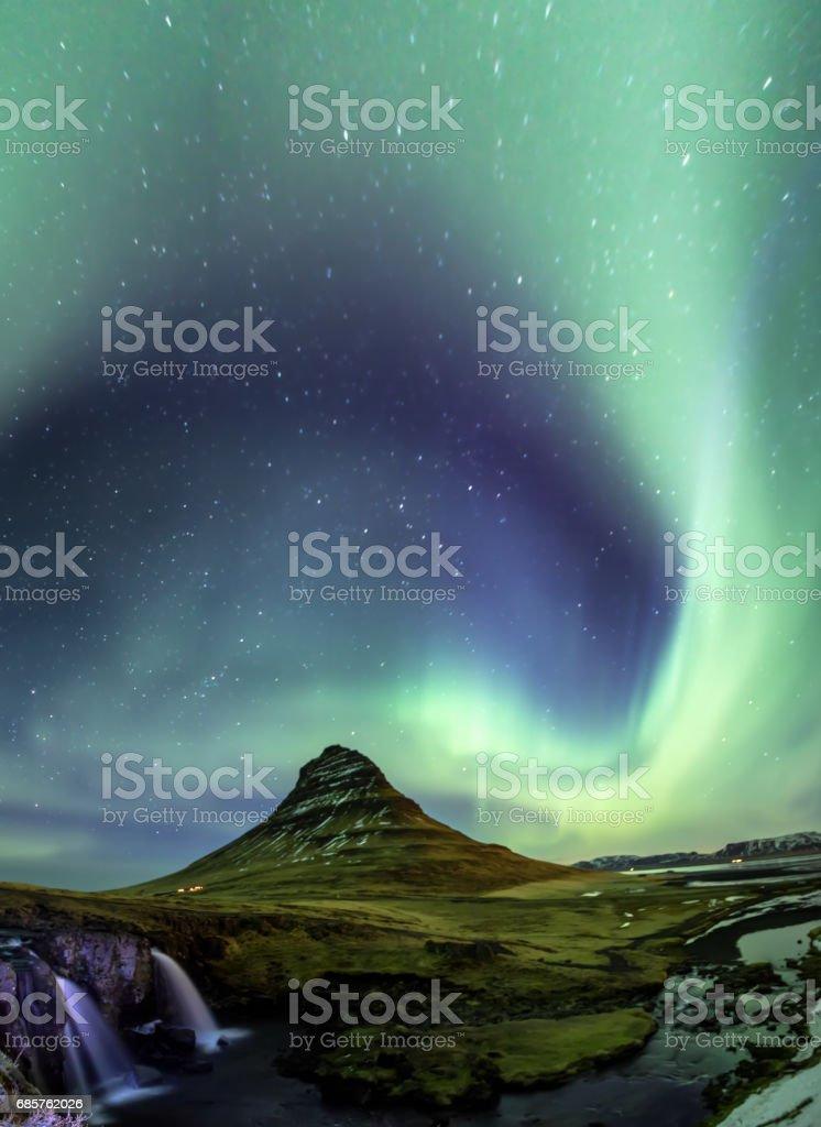 Northern Light Aurora borealis at Kirkjufell Iceland foto stock royalty-free