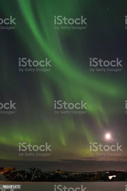 Zorza Polarna Na Lofotach Norwegia - zdjęcia stockowe i więcej obrazów Bez ludzi