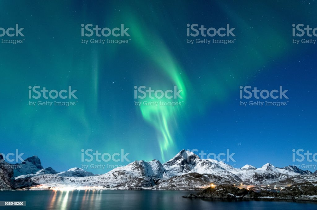 Kuzey ışıkları Lofoten Adaları, Norveç royalty-free stock photo
