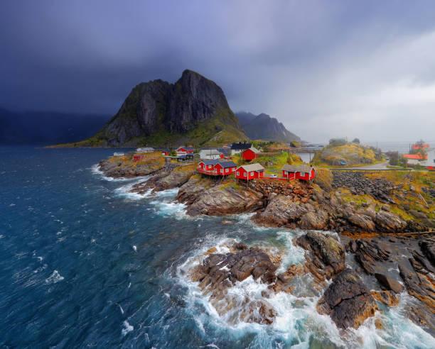 Aldeia de pescadores noruegueses Reine - foto de acervo