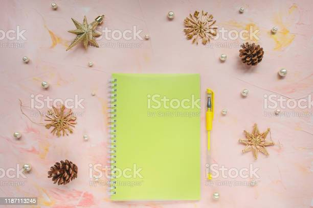 Notepad and pen on a desk workspace winter template picture id1187113245?b=1&k=6&m=1187113245&s=612x612&h=x4vvrb0rgwheta6jgq7nse7mes9kvelqlivy31 yxus=
