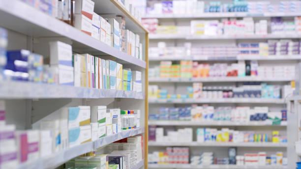 nothing but the best brands for their customers - farmácia imagens e fotografias de stock