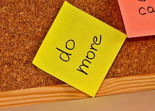 weiteres board mit süßer notizbuch-mehr - matheblatt etiketten stock-fotos und bilder