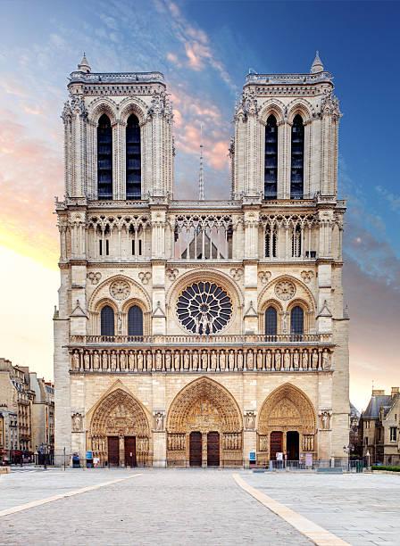 kathedrale notre-dame – paris - kathedrale von notre dame stock-fotos und bilder