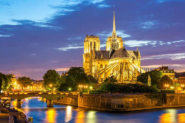 kathedrale notre-dame de paris - kathedrale von notre dame stock-fotos und bilder