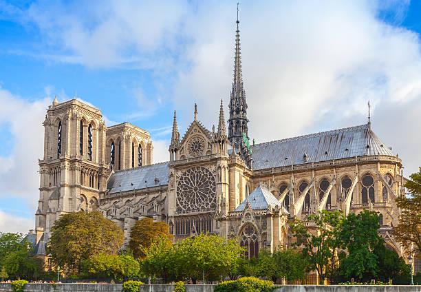 notre-dame de paris kathedrale, frankreich - kathedrale von notre dame stock-fotos und bilder